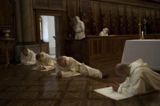Façon propre aux Chartreux de faire leur action de grâce après la messe.