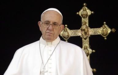 648x415_pape-francois-25-decembre-2015-vatican
